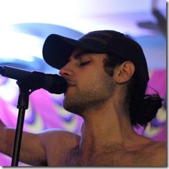 Oddnote-Frontman-Arman-Asadsangabi